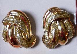 True Vintage 80s Clip On Earrings Two Tone Gold Plated Glitter Swirl Runway Bold - $12.82