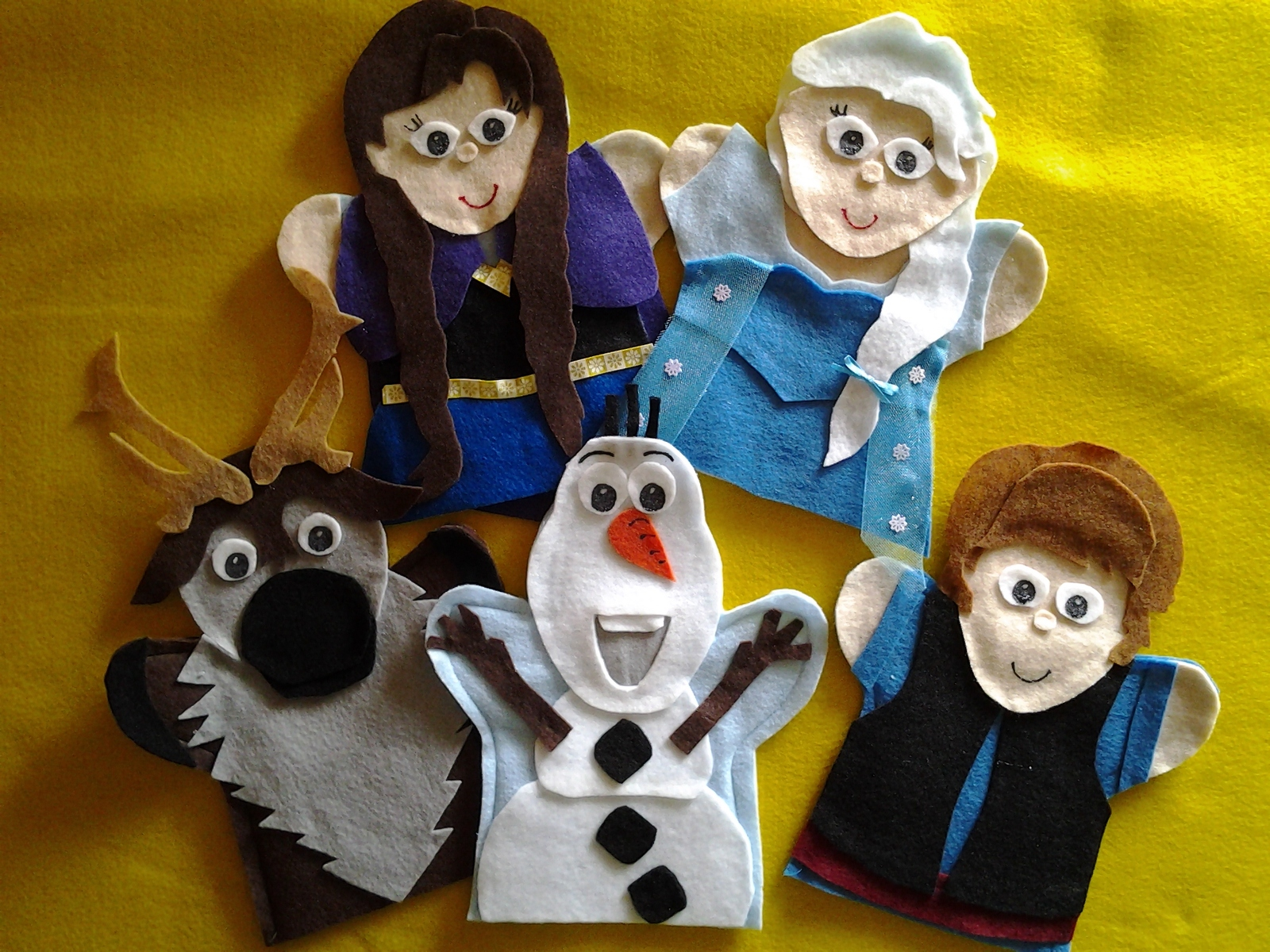 Frozen felt hand Puppets Anna, Elsa, Olaf, Kristoff and Sven