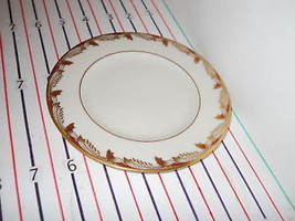 LENOX ESSEX 0-351-R BREAD  PLATE - $6.88