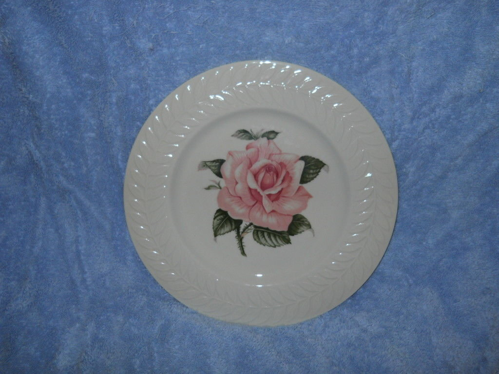 THEODORE HAVILAND REGENTS PARK ROSE DINNER PLATE - $15.84