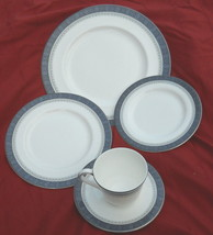 Royal Doulton Sherbrooke 5 Piece Place Setting - $63.35