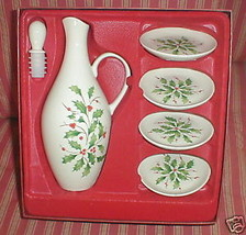 LENOX HOLIDAY OIL CRUET WITH DIPPING PLATES - $21.77