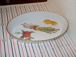 "ROYAL WORCESTER EVESHAM GOLD 10 1/2"" OVAL BAKER - $23.55"