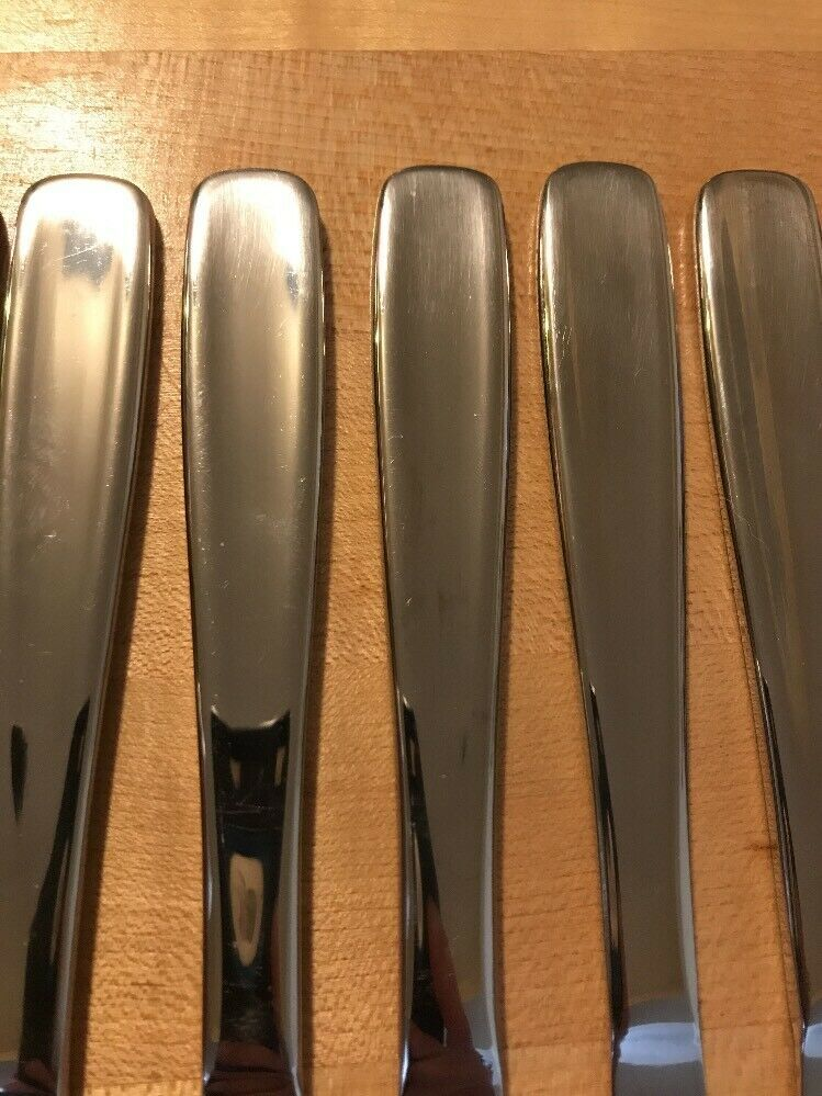 "Hampton Silversmiths 196 Stainless 8 Pieces 9 1/4"" - Dinner Butter Knife - $5.94"