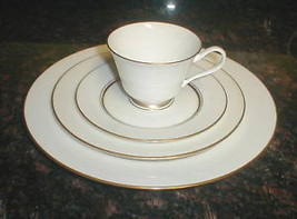 Lenox Oxford Andover 5 Piece Place Setting - $36.62