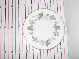 ROYAL WORCESTER JUNE GARLAND BREAD  PLATE - $4.90