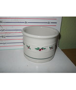 LONGABERGER HOLLY 1 PINT CROCK - $11.14