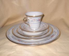 Lenox Raleigh 5 Piece Place Setting - $54.44