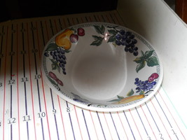 Nancy Calhoun L'amore  Round Serving Bowl - $23.71