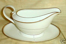 MIKASA GOTHIC GOLD AK017 GRAVY BOAT AND UNDERPLATE - $29.65