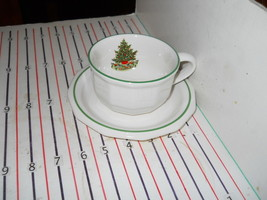 Pfaltzgraff Christmas Heritage Cup And Saucer - $3.42