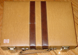 BACKGAMMON GAME BROWN STRIPE FAUX LEATHER TRAVEL CASE UNUSED COMPLETE EX... - $20.00