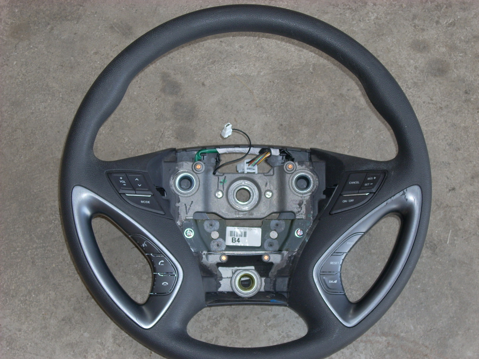 2013 hyundai sonata hybrid steering wheel. Black Bedroom Furniture Sets. Home Design Ideas