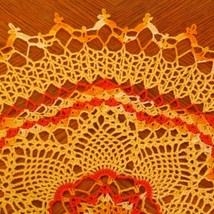Doily   pineapple 3 color sunburst closeup3 center to top sq 3641 af 500x thumb200