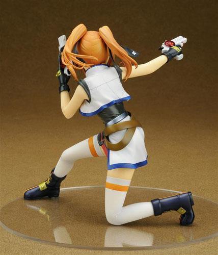 Magical Girl Lyrical Nanoha Teana Lanster 1/7 PVC Figure Brand NEW!
