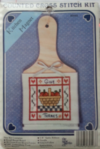"""THE NEW BERLIN CO. 30593 """" GIVE THANKS"""" COUNTED CROSS STITCH KITCHEN MAG... - $6.99"""