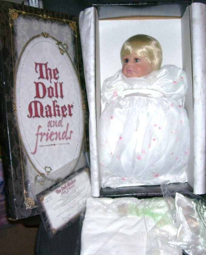 Doll maker morning dew