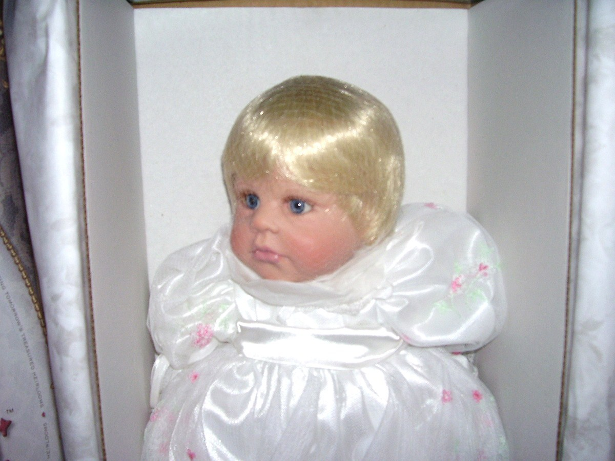 "Doll Maker MORNING DEW 22"" Vinyl Baby NIB LE#091/250 Beverly Stoehr"