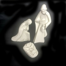 Nativity Creche Set 3 Pieces Porcelain w Gold  KT421/995 Mikasa Holy Night  - $19.34