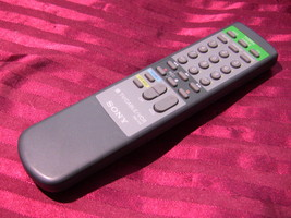 Sony RM-V10 TV/Cable/VCR Remote Control - $4.99