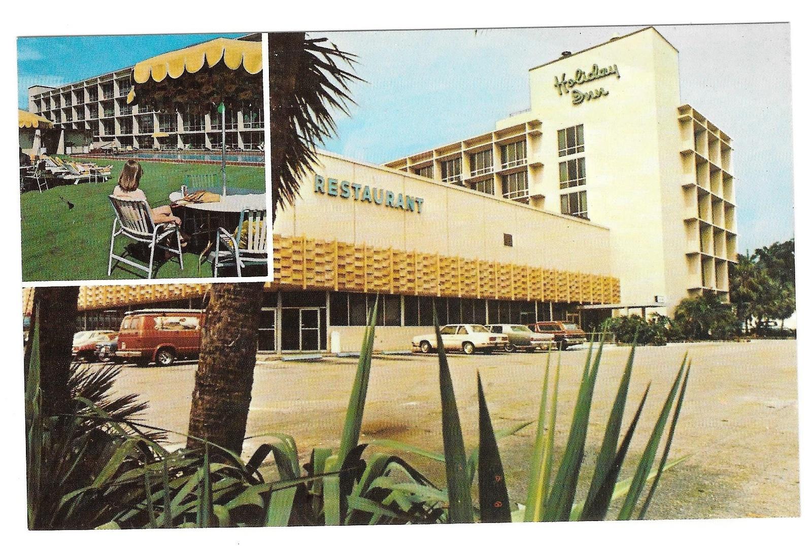 fl gainesville holiday inn university center motel vintage postcard florida. Black Bedroom Furniture Sets. Home Design Ideas