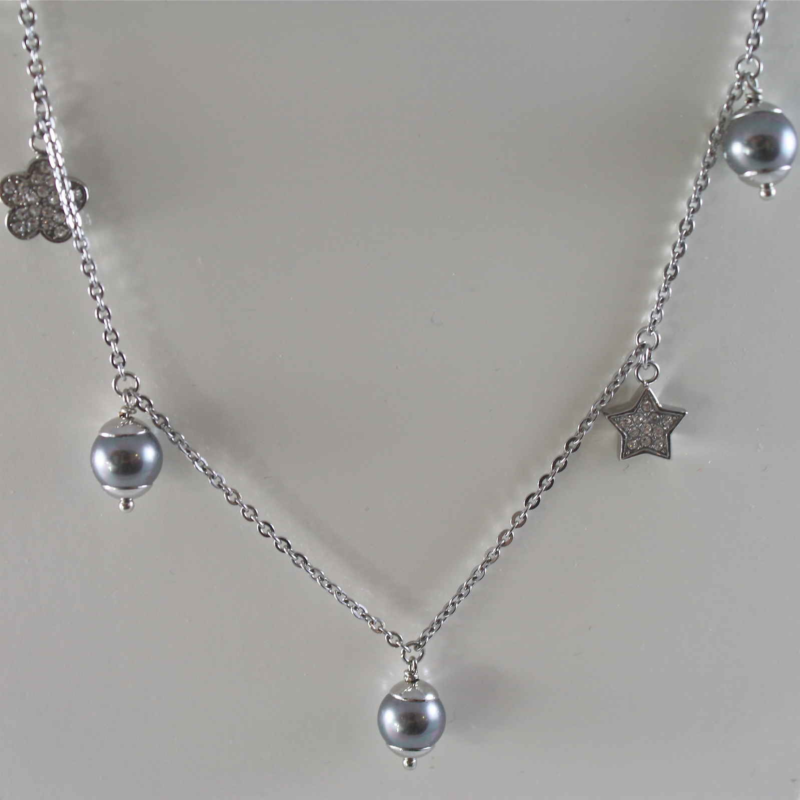 STAINLESS STEEL NECKLACE WITH GREY PEARLS, FLOWER AND HEART CHARMS 28.75 IN LONG