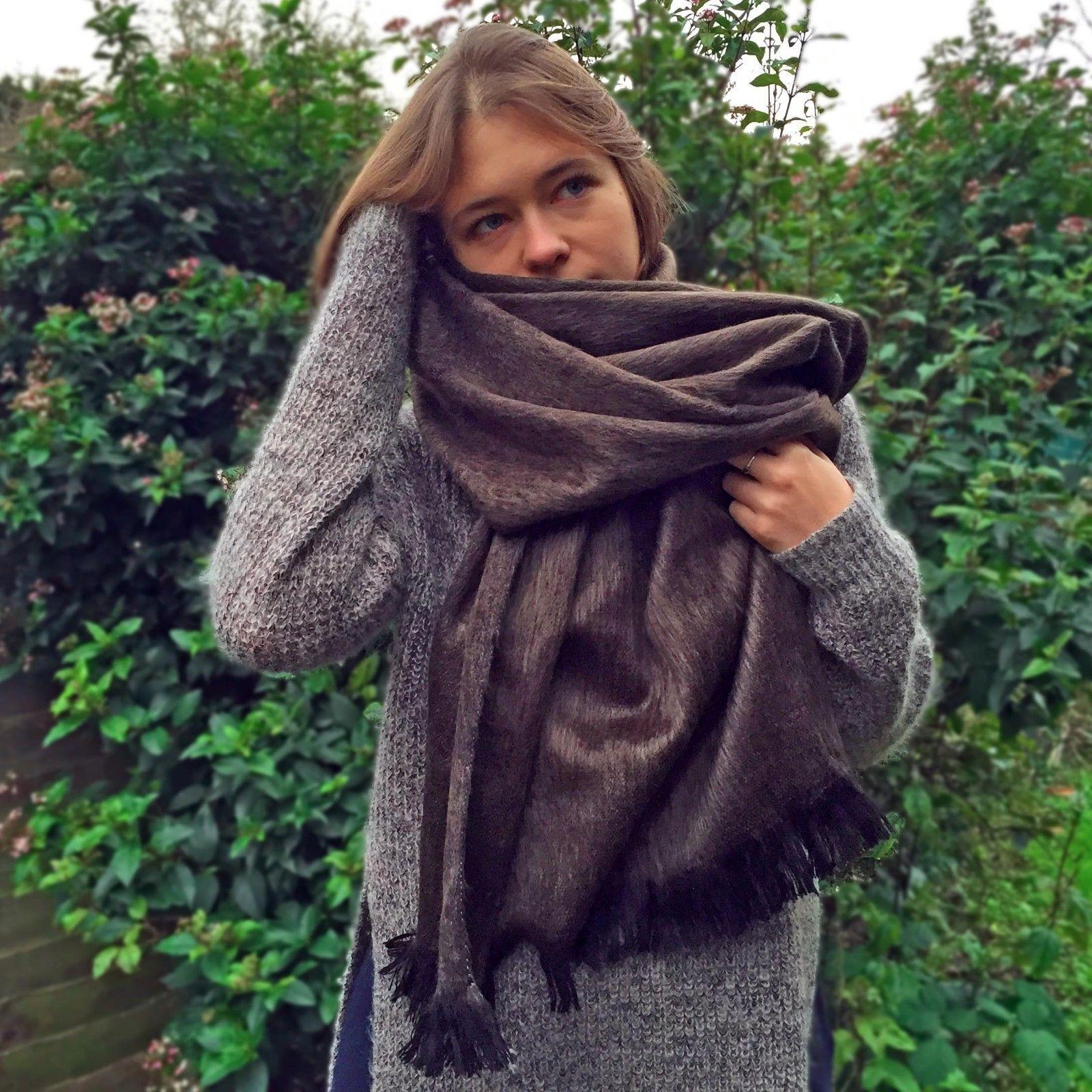 wholesale lot of 30x soft warm handmade alpaca wool scarf