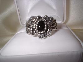 Burt ornate onyx ring retake front thumb200