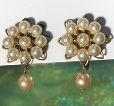 Vintage 1950s Brass Faux Pearl Flower Screw Back Earrings with Pearl Bea... - $15.20