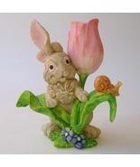 Figurine pink flw snail     .75 thumbtall