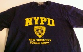NYPD Small/Medium T-shirt New York City Finest Police Department 100% Co... - $120,08 MXN