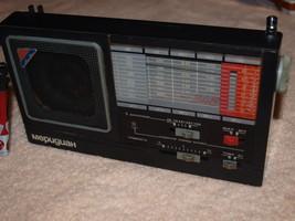 L140 VINTAGE SOVIET USSR MERIDIAN RP 348 PORTABLE RADIO MW LW UKW SW  1986 - $29.69