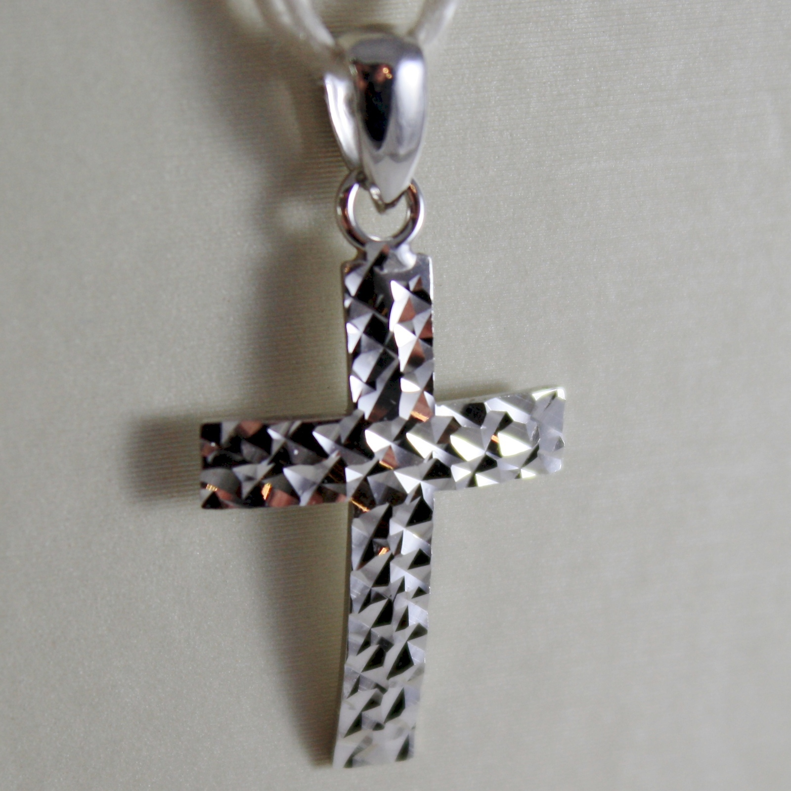 SOLID 18K WHITE GOLD CROSS, PENDANT, STYLIZED, HAMMERED, ARCHED, MADE IN ITALY