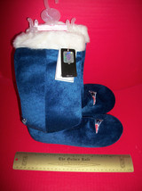 Football NFL Women Clothes 9/10 Large New England Patriots Slipper Boot Pair Set - $23.74