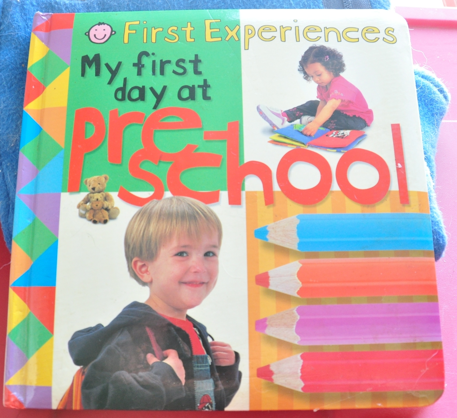 my day at school Yes, i like my school because there i learn a lot, make friends, have many good teachers, and many interesting books to read my first day was when i was in primary.