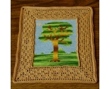 Crochet_tapestry-tree_with_filet_border_full_sq-3154_thumb155_crop