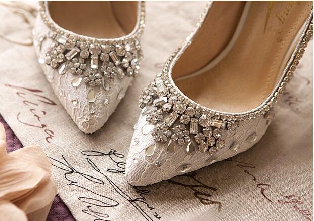 Wedding Kitten Heels: Bridal Kitten Heels,Bridal Kitten Shoes,Bridal Shoes,Lace