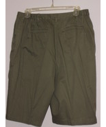 J M COLLECTIONS   BERMUDA  SHORTS - 12 - OLIVE GREEN - 97% COTTON /3% SPANDEX - $7.99