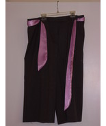 COVINGTON  - PANTS - SIZE 12 - GRAY WITH THIN PINK STRIPES & PINK BELT - $7.99