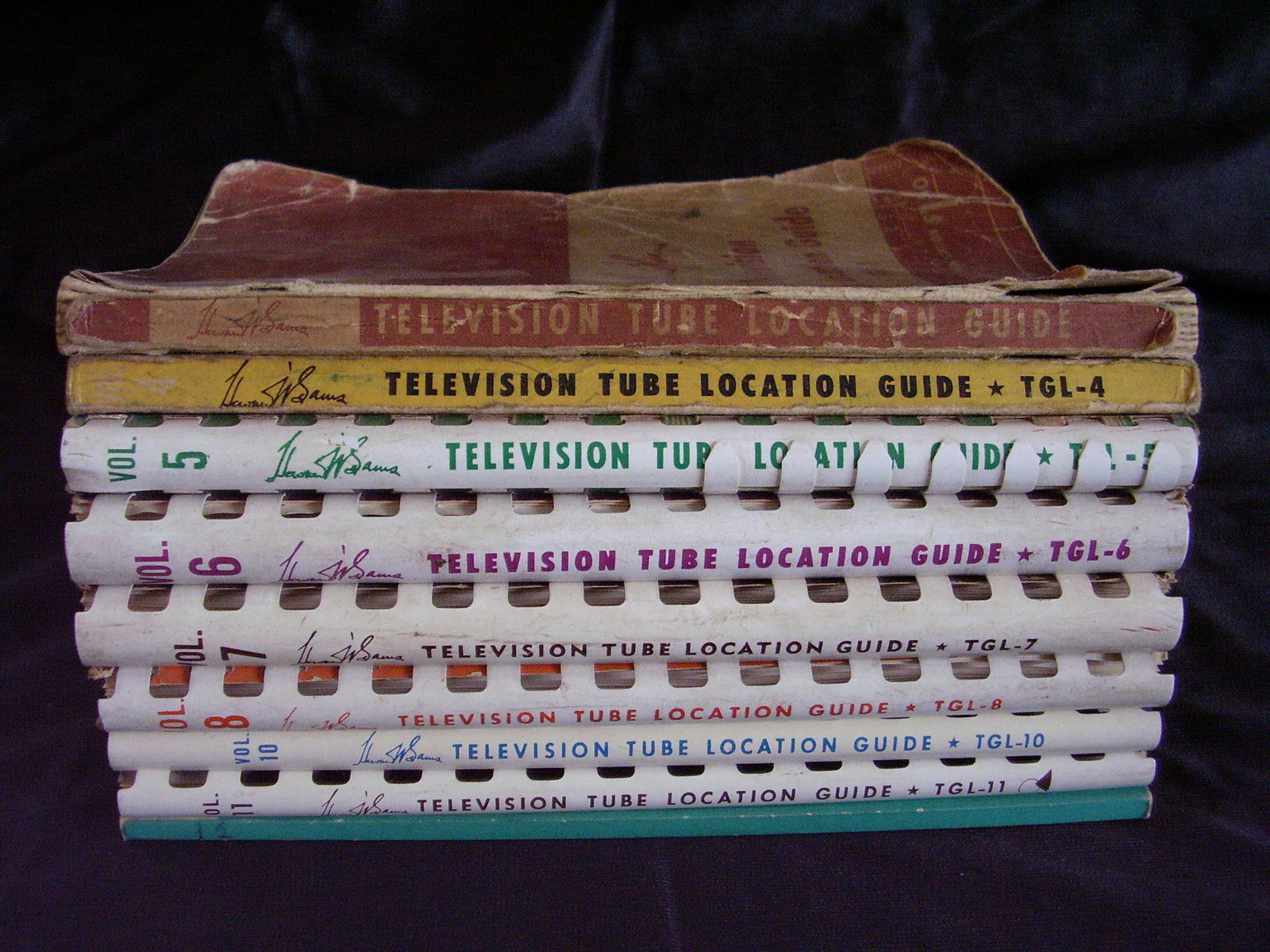 Sams T.V. Tube Location Guides Lot of 9