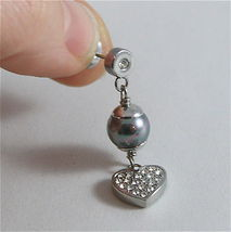STAINLESS STEEL EARRINGS WITH GREY SYNTHETIC PEARLS & HEARTS WITH WHITE CRYSTALS image 4