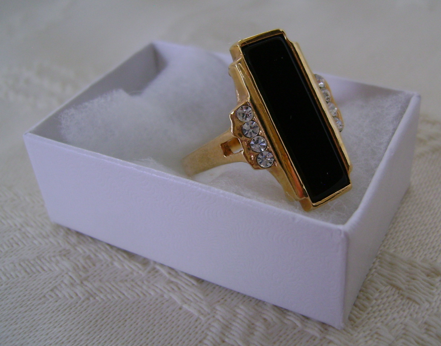 Ring, Avon, Stylish Black Rectangle Set with Rhinestones, Size 8