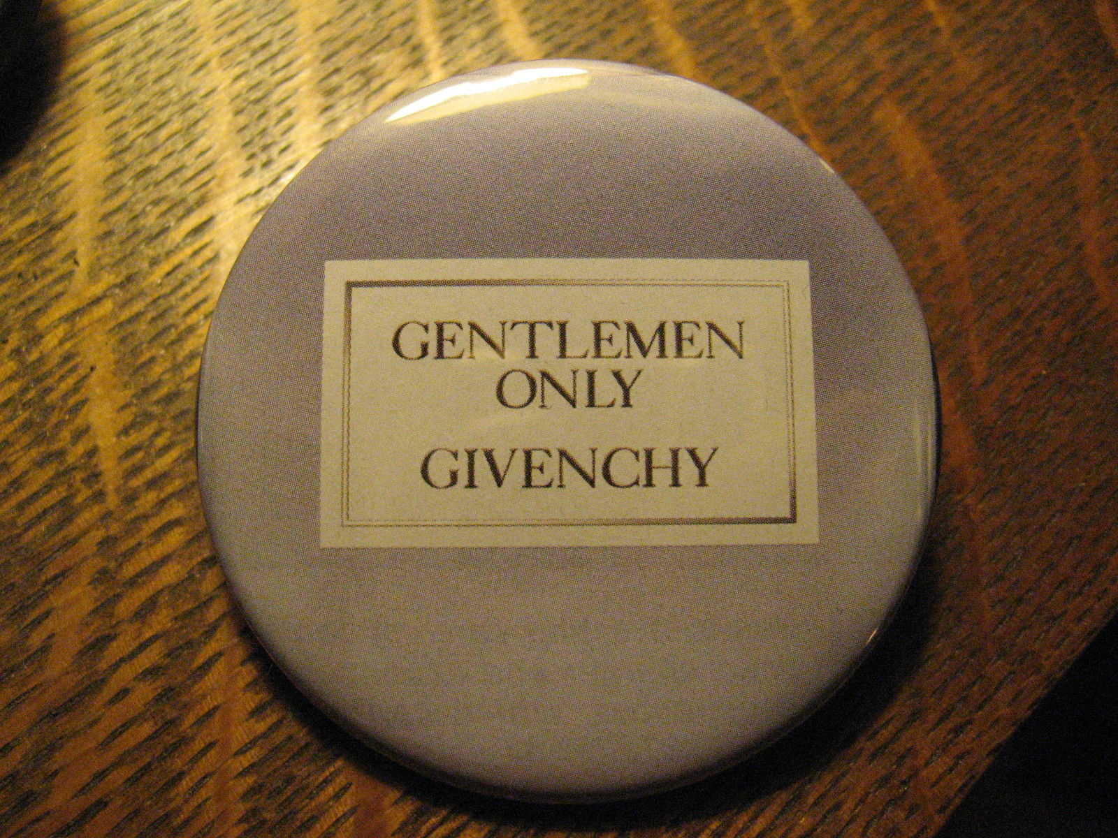 Givenchy Gentlemen Only French Designer Fragrance Advertisement Lapel Button Pin