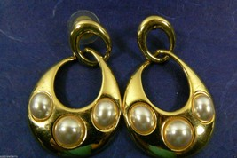 NAPIER LARGE GOLD TONE WHITE PEARL FAUX TEARDROP CHARM EARRINGS - $39.56