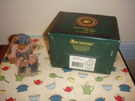 Boyds Bearstone Ms. Griz Saturday Night Style# 2284GCC - $12.79