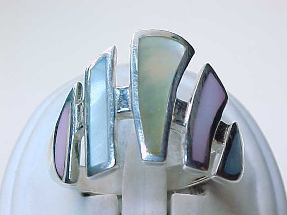 Huge MOTHER of PEARL Ring in Sterling Silver - Size 10 - Multi-colored