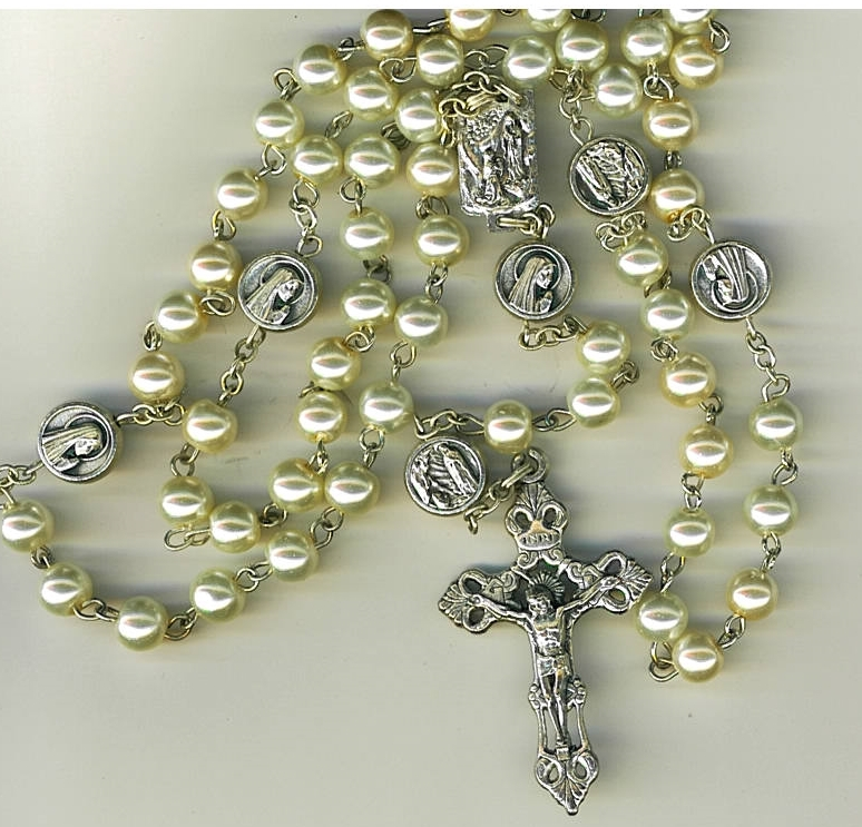 Rosary - White round  Bead - Our Lady of Lourdes - 1076/Lourdes