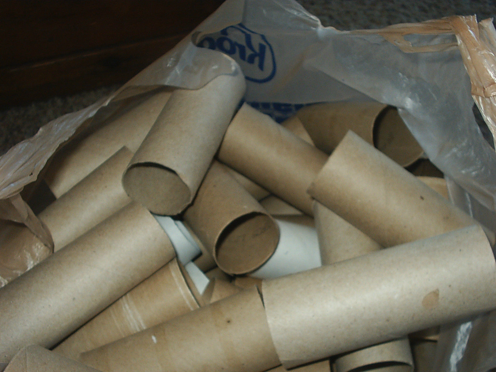 75 Toilet Paper Rolls Empty Clean Cardboard Tubes School Church Craft Projects