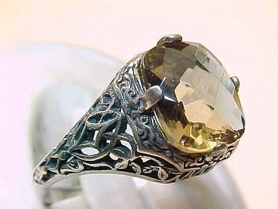 Primary image for Vintage SMOKY TOPAZ RING in STERLING Silver - Size 7 - FREE SHIPPING