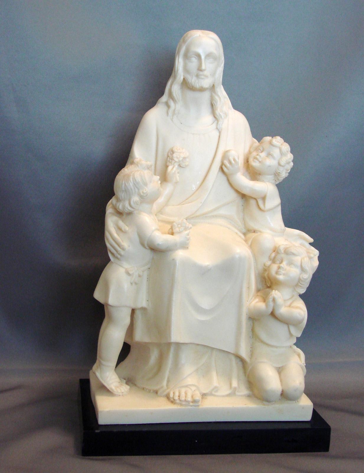 G Ruggeri Vintage Carving 3 Children Alabaster On Black Base